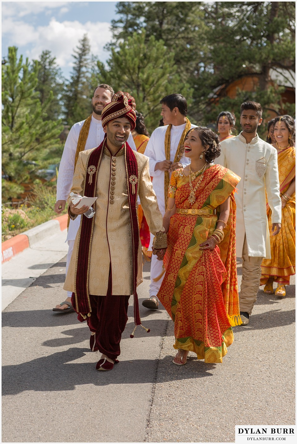 black canyon inn hindu wedding bride groom walking