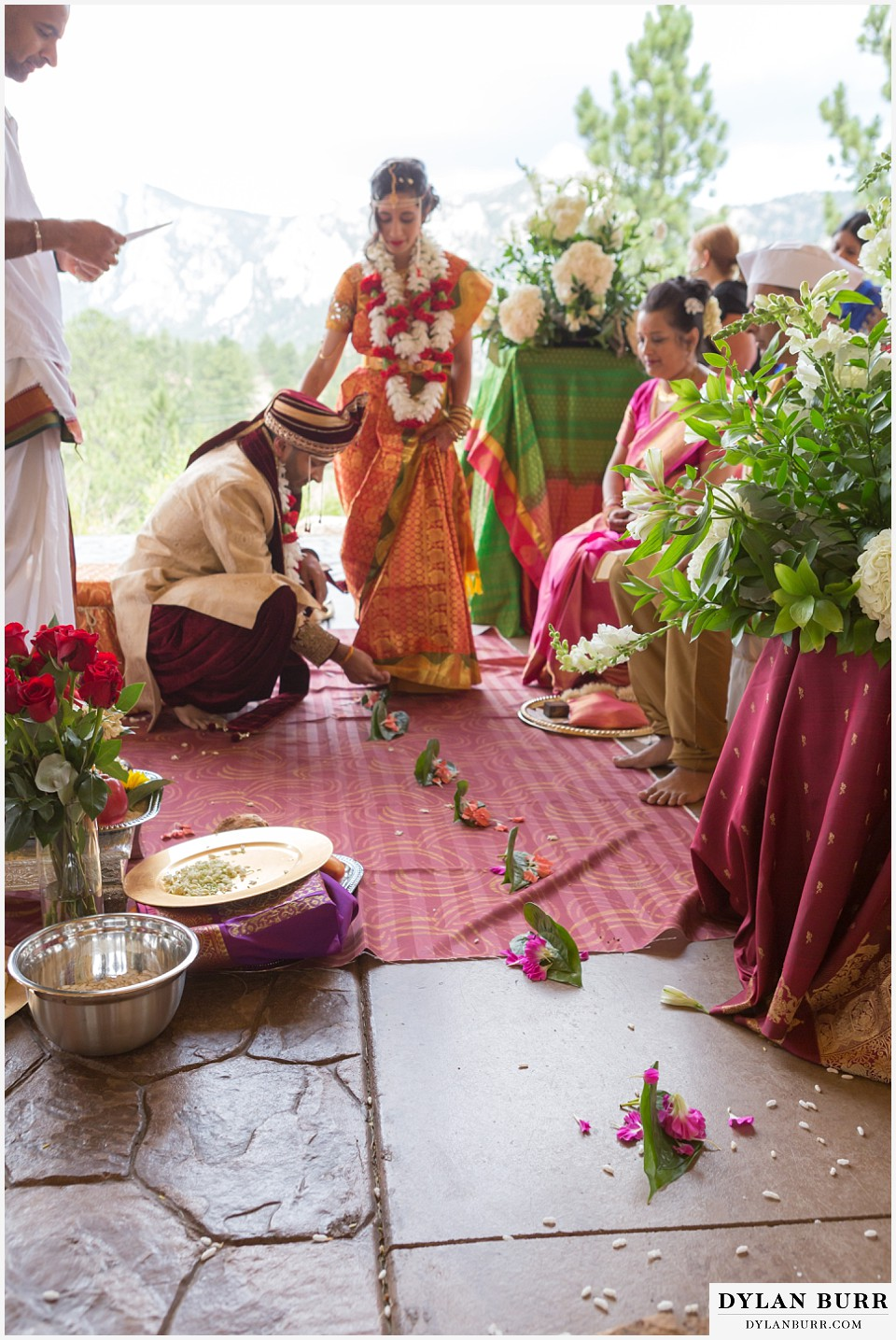 black canyon inn hindu wedding Saptapadhi walking on leaves