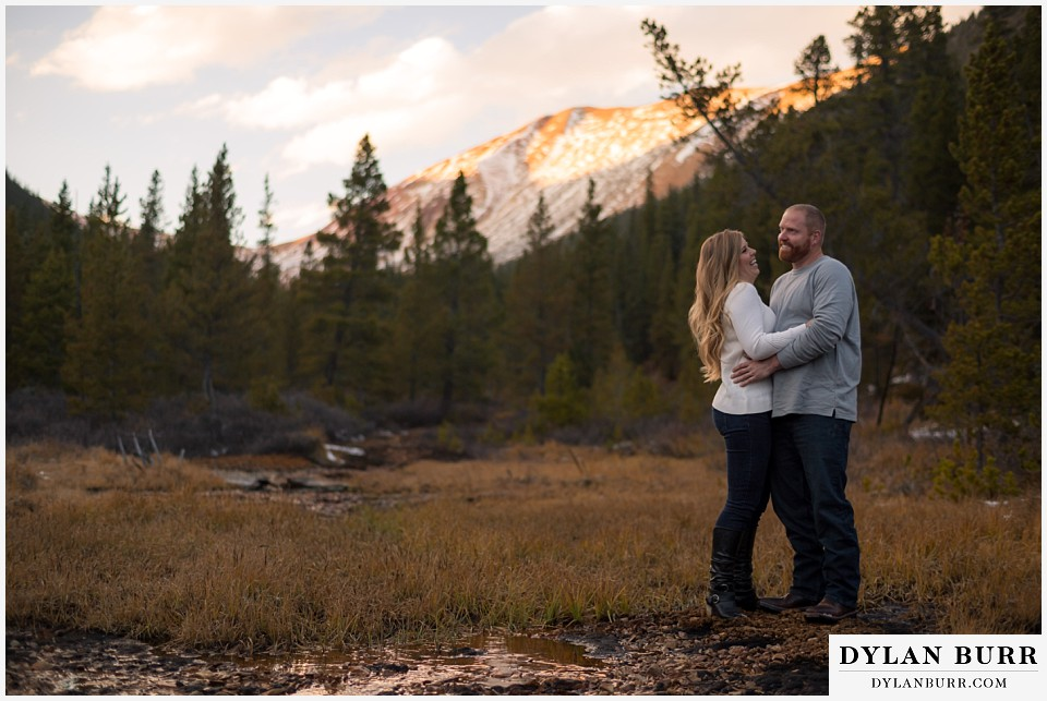 colorado mountain engagement session huge valley