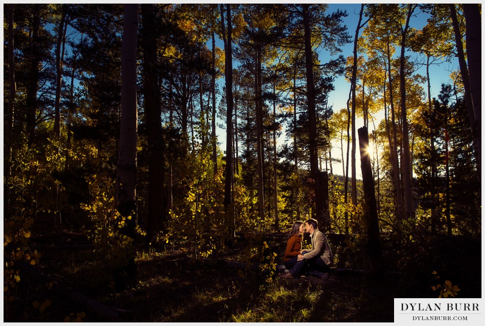 colorado fall engagement photos in aspens