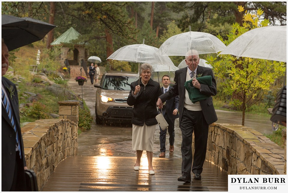 della terra wedding estes park colorado mountain wedding rainy ceremony
