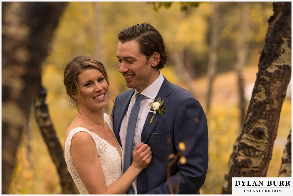 della terra wedding estes park colorado mountain wedding couple