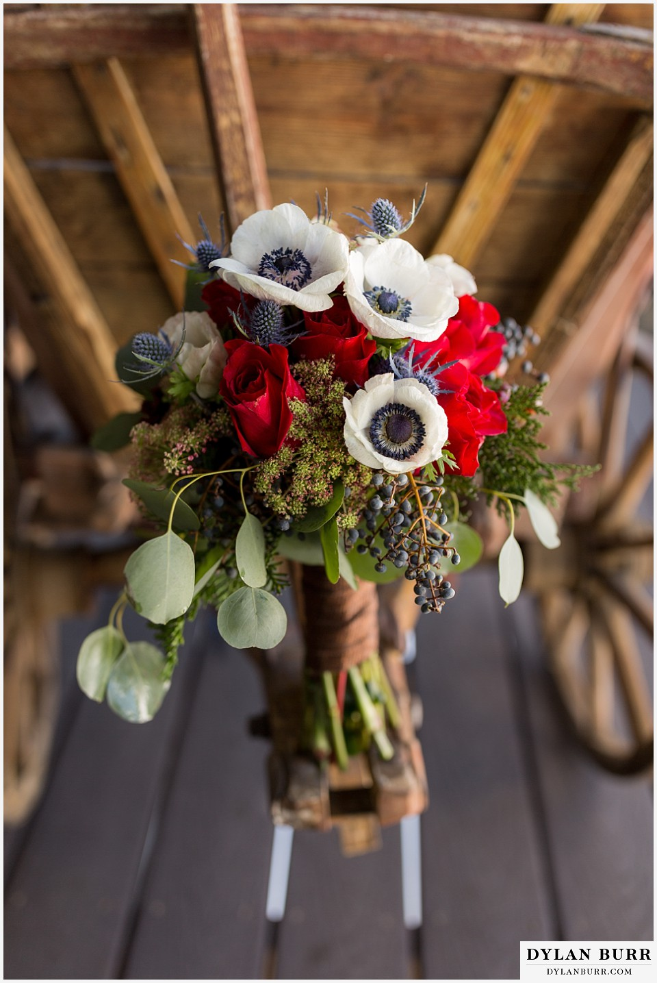 devils thumb ranch wedding in winter bouquet