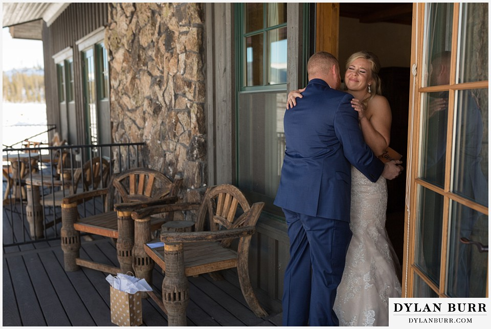 devils thumb ranch wedding in winter first look