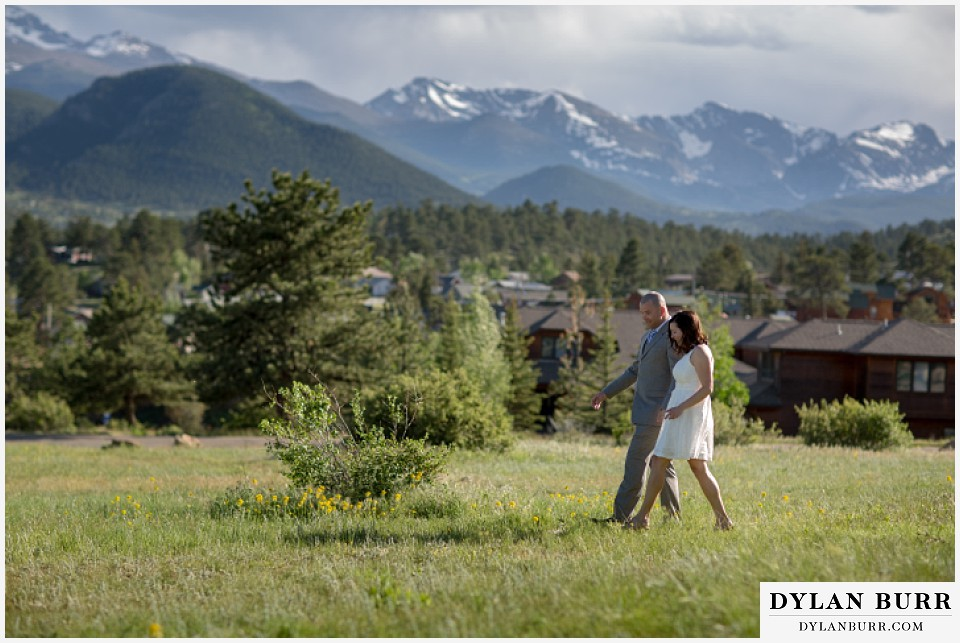 rocky mountain estes park engagement session mountain view