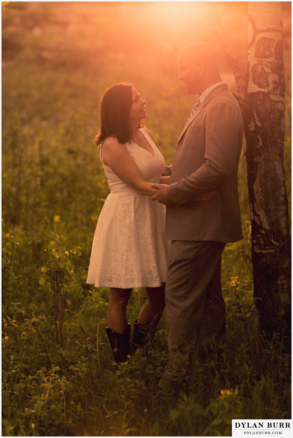 rocky mountain estes park engagement session sunset glow with aspen trees