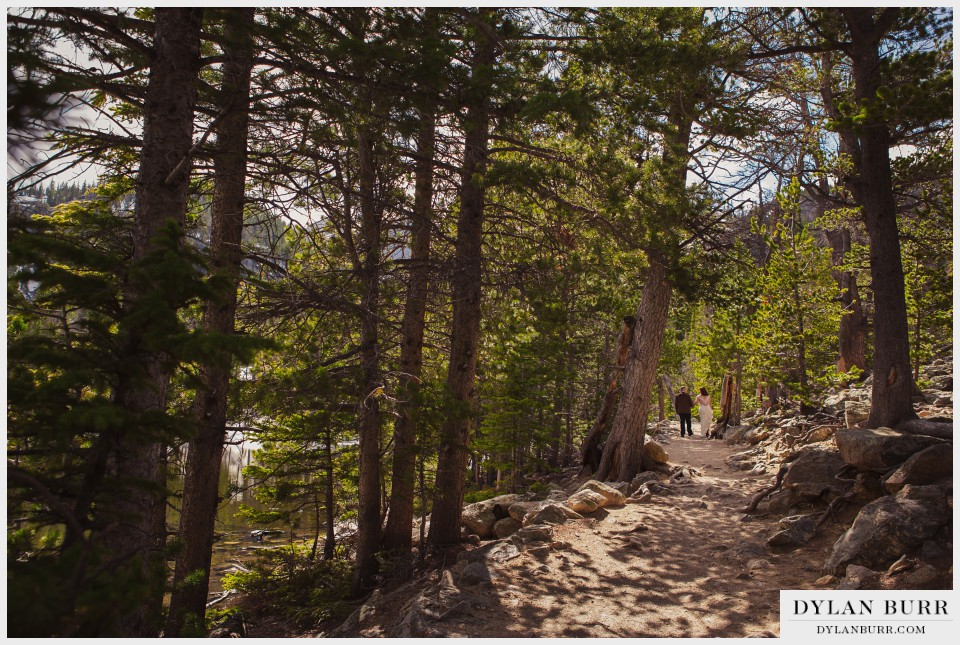 estes park wedding couple hike