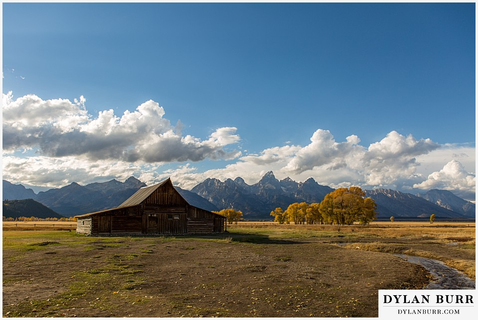 grand teton wedding mormon row ta moulton barn