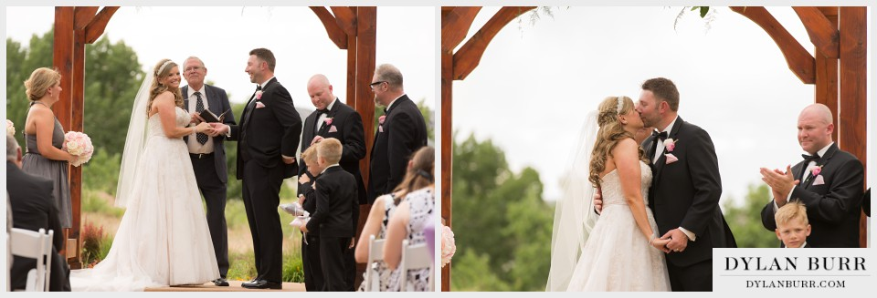 denver wedding photographer vista at applewood first-kiss