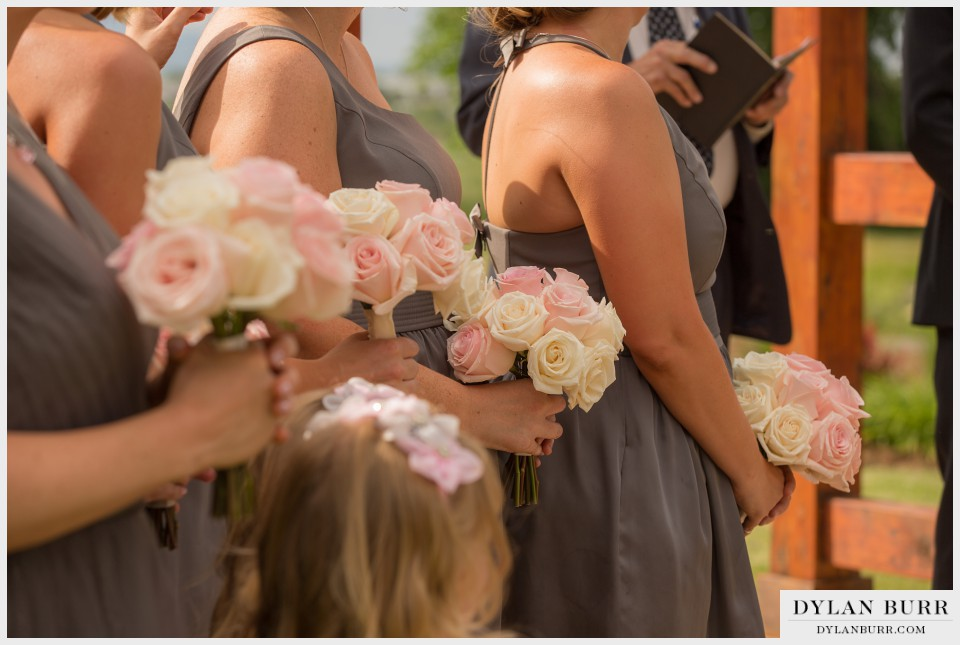 vista at applewood denver wedding photography bouquets